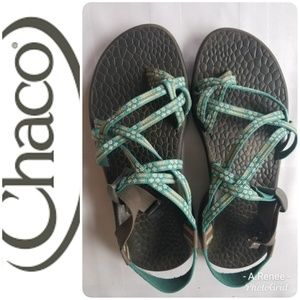 Chaco Women Green Floral Sandals SZ 9 Excellent CD
